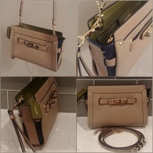 Coach Swagger Wristlet/ Crossbody Leather, Stone